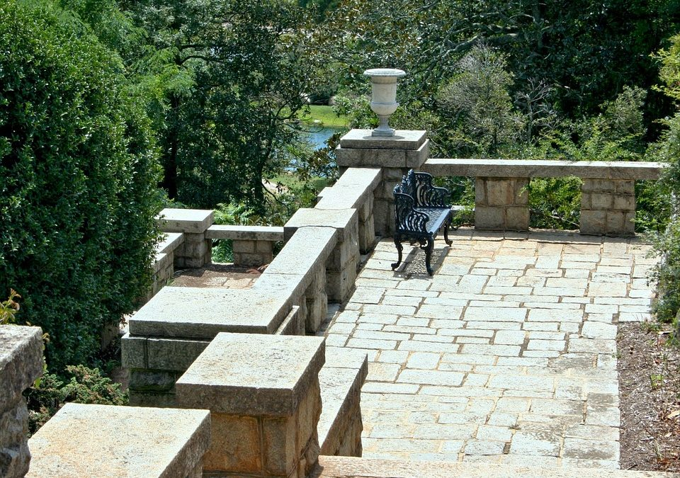 5 Ways to Incorporate Natural Stone for House Exterior